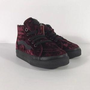 Vans Sk8-Hi Zip Velvet Red Black Sneakers